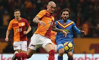 Galatasaray, Göztepe'yi eliboş gönderdi