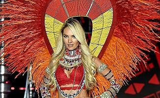 Ünlü model Candice Swanepoel, podyuma hamile çıkmış