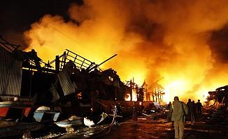 Arakan'da Müslüman evlerini yakıyorlar!