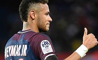 Manchester United Neymar için teklif etmeye hazırlanıyor