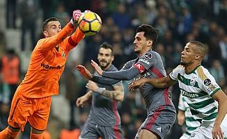 Bursaspor, Beşiktaş'a nefes aldırmadı