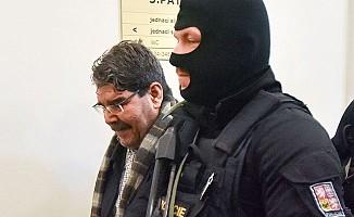 Çekya, Salih Müslim'i serbest bıraktı