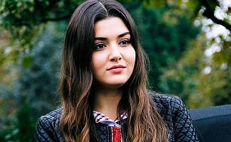 Hande Erçel, Murat Dalkılıç'la birlikte gitti