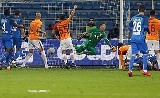 Kasımpaşa, Galatasaray'ın önünü kesti