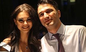 Şarkıcı Nez resmen boşandı
