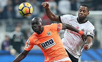 Beşiktaş, Aytemiz Alanyaspor'u Tek Golle Gönderdi
