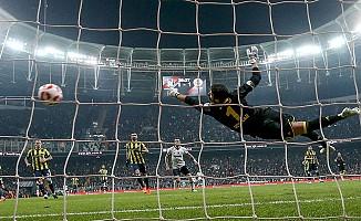 Bilek güreşi gibi mücadele: Beşiktaş: 2 - Fenerbahçe: 2