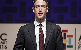 Facebook CEO'su Zuckerberg'den Cambridge Analytica açıklaması