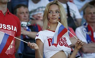 İngiliz futbolculara 'Rus kadın' uyarısı
