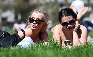 İngiltere'de Son 69 Yılın En Sıcak Nisan Ayı