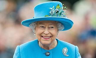 Kraliçe Elizabeth neden iki doğum günü kutluyor?