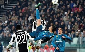 Ronaldo'nun golünü taklit etmeye çalışınca, bileğini kırdı