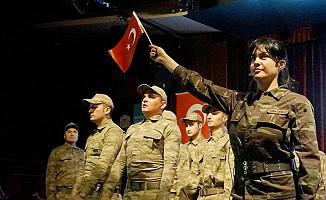 Tuğba Ekinci'den Mehmetçik'e Armağan Klip