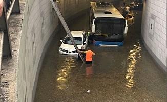 Ankara'da sel ve su baskınlaRI