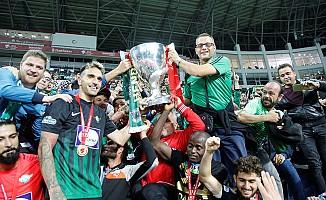 Kupanın Sahibi Akhisarspor'dan Tarihi Başarı