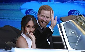 Prens Harry ve Meghan Markle düğünden sonra görüntülendi