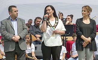 Yeni Başkan Saray Karakuş, Alevi Festivali'nde