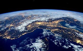 Dünya'da 1,4 milyar yıl önce bir gün 18 saat sürüyordu