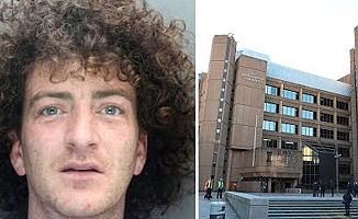 Liverpool'da evsizin üzerine idrarını yapan kişiye hapis cezası