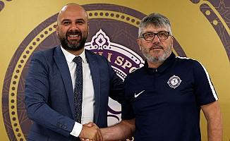 Osmanlıspor Reşit Akçay ile anlaştı