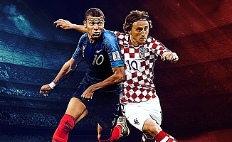Dünya kupası finalinde ilk yarı: Fransa 2 - Hırvatistan 1