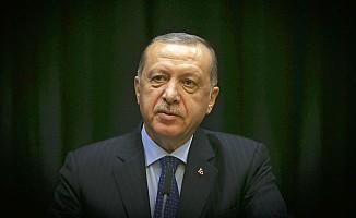 """Erdoğan'dan, """"Biz göbeğimizden Amerika'ya bağlı değiliz"""" resti"""