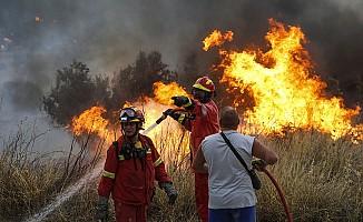 'Komşu'daki Yangın Ocakları Söndürüyor