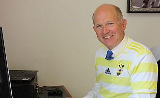 İngiliz Büyükelçi Fenerbahçe Formasını Giydi