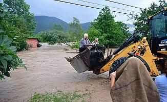 Ordu'da sel felaketi: Karadeniz Sahil Yolu'nde köprü çöktü