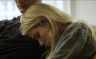 'Uyurgezer' olan genç kadın anlatıyor!