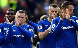 Cenk Tosun'lu Everton 1 puana razı oldu