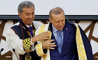 Tıp Fakültesinin temelini atan Erdoğan'a Fahri Doktora Payesi