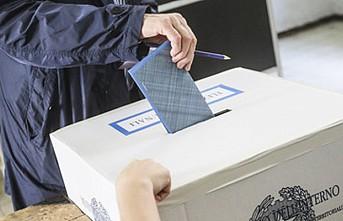 Kuzey İtalya'daki seçimler Avusturya ile 'çifte pasaport' krizini gündeme getirdi