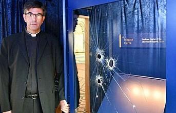 Magna Carta'yı çalma girişimi başarısız oldu