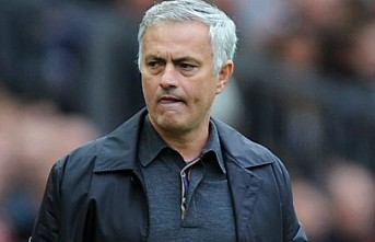 Manchester United patronundan Mourinho'ya: Çeneni Kapa