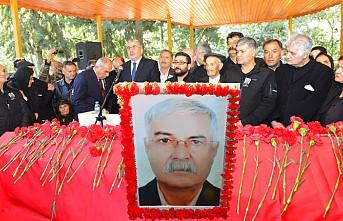 Mehmet Dede'yi beş bin kişi uğurladı