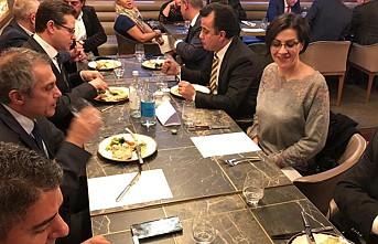 """ATMB, Büyükelçi Ümit Yalçın'a """"Hoş geldiniz"""" yemeği verdi"""