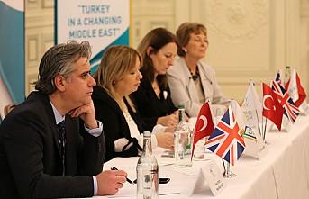 """Cumhurbaşkanlığı Londra'da """"Değişen Ortadoğu'da Türkiye"""" paneli düzenledi"""
