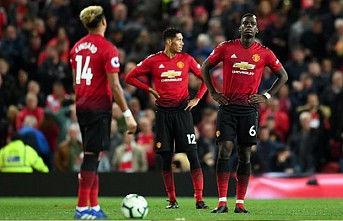 Manchester United puan kaybetti
