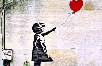 Banksy'nin Paris'te Bataclan duvarına yaptığı resim çalındı
