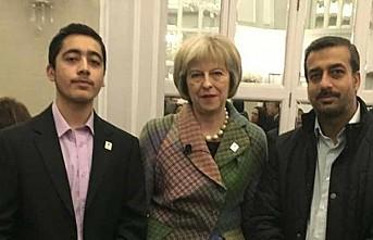 Pakistanlı gence İngiliz Başbakanı'ndan ödül