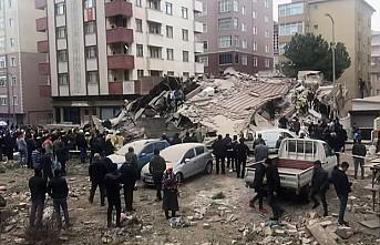 Bakan Soylu'dan Çöken bina ile ile ilgili son dakika açıklaması