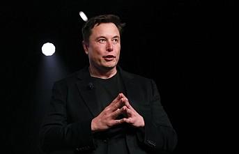Elon Musk: Tesla araçların fiyatları yüzde 3 yükselecek