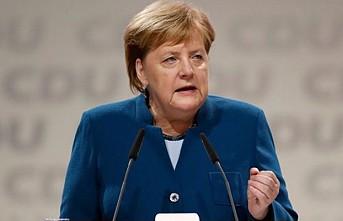 Merkel'den İngiltere için çarpıcı açıklamalar