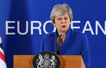 Brexit o tarihe ertelendi... Theresa May nefes aldı!