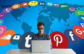 Dijital medya, bireyi çevresinden koparıyor