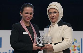 Emine Erdoğan'a Londra'dan 'Changemaker' Ödülü