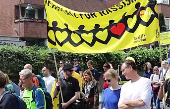 Avrupa'daki ırkçılık Almanya'da protesto edildi