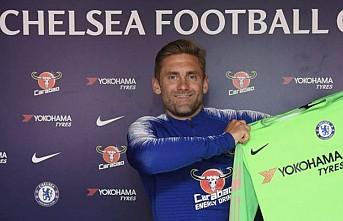Chelsea'nin tecrübeli kalecisi futbolu bıraktı