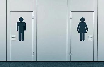 Uzmanlar bir erkek tuvaletine karşılık iki kadın tuvaleti öneriyor